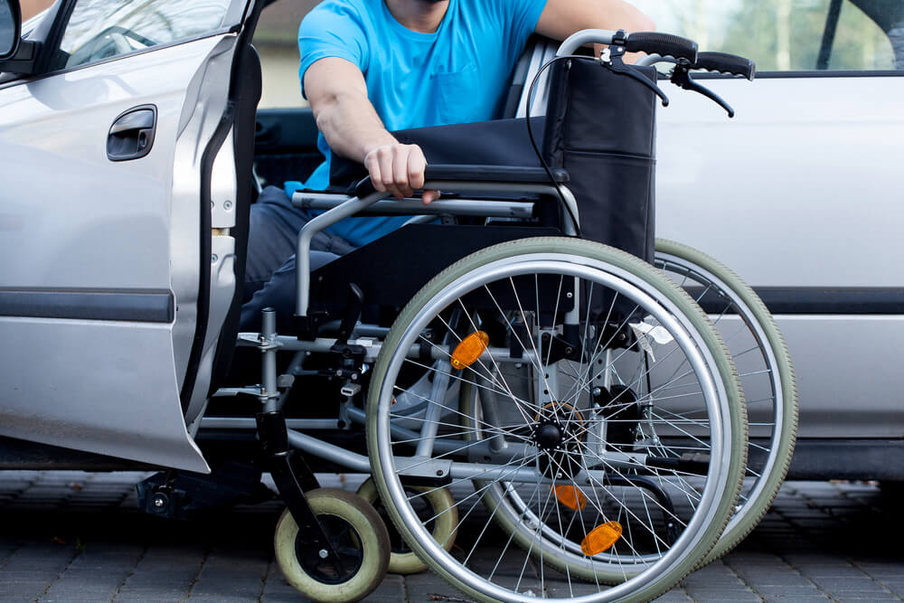 Saiba como e onde adaptar carros para cadeirantes